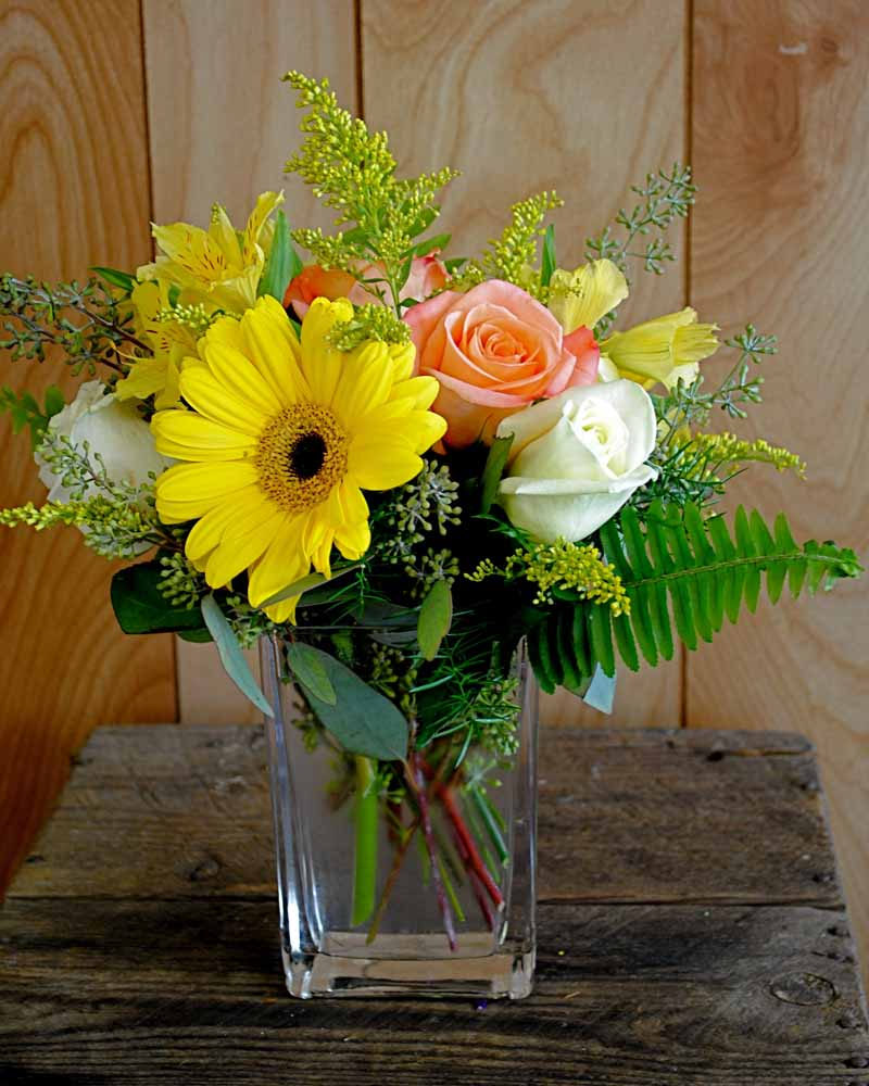 Luncheon centerpieces lazy daisy flowers gifts