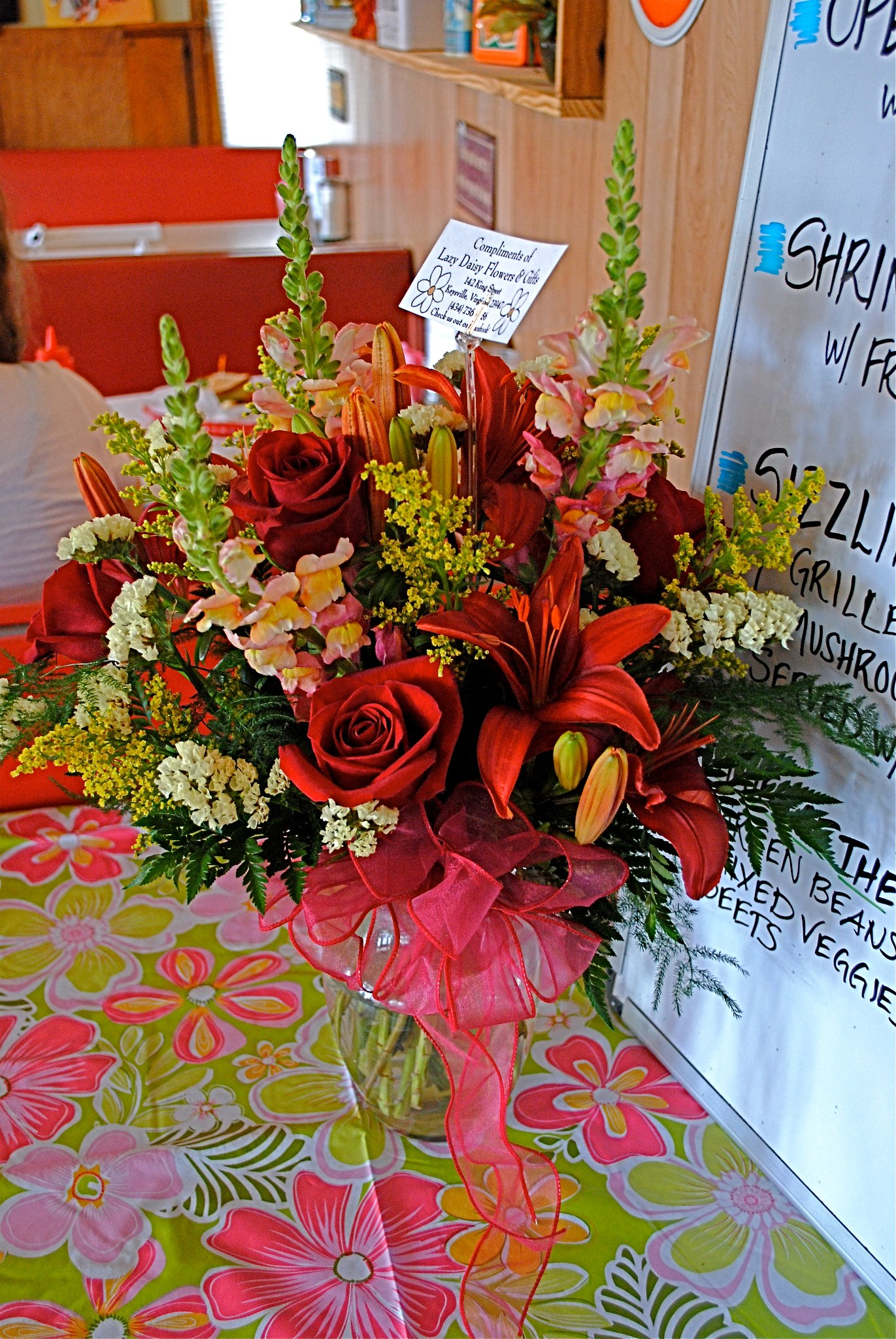 Arrangement for the Cruis-In Cafe Grand Opening