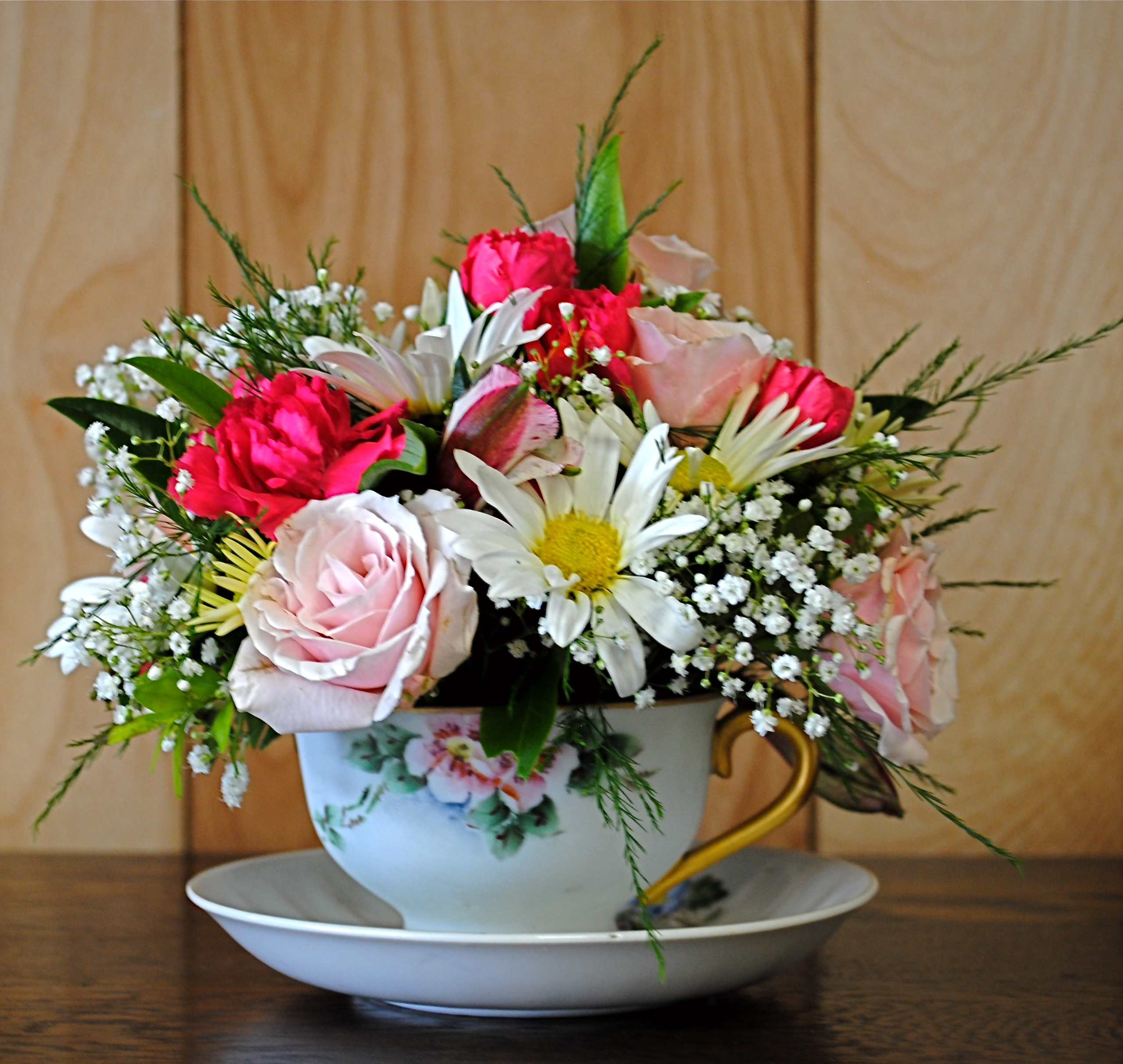 Teacup Arrangements Flowers For That Special Lady Anytime Of Year